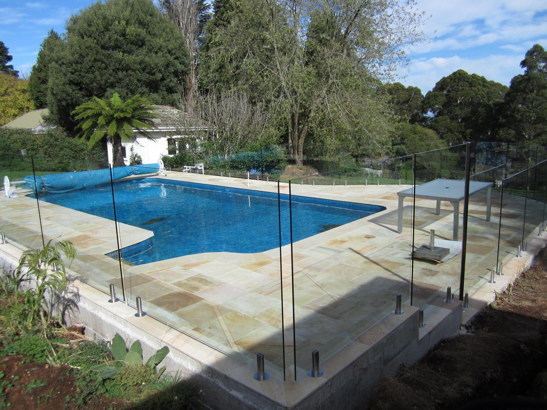 Ferny-Creek-frameless-glass-pool-fencing
